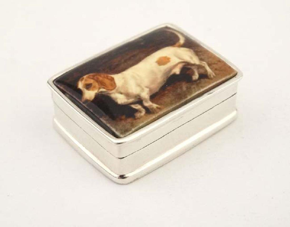 A .925 silver pill box with hinged lid depicting enamel - 4