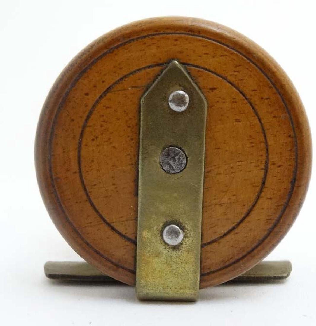 Fly Fishing : An old mahogany and brass 2 3/8 ''reel - 4