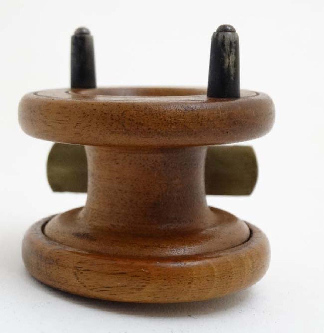 Fly Fishing : An old mahogany and brass 2 3/8 ''reel - 5