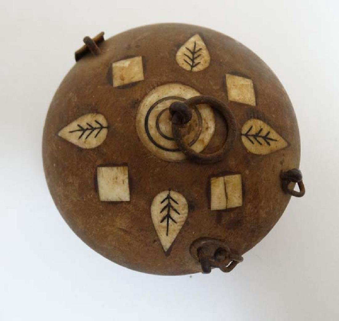 An old Indian clay? spice box with inked bone? - 4