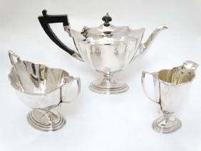 A late 19thC / early 20thC  three piece silver plate