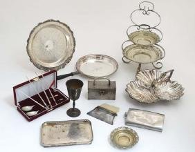 Assorted silver plated wares to include a three tier