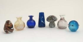 Studio / Art glass : assorted small glass vases and a