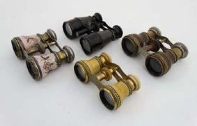 Binoculars : A pair of early 20thC short Field Glasses