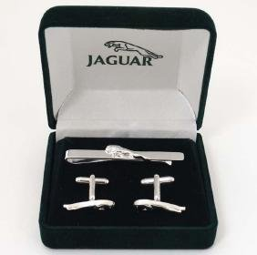Jaguar ( Cars ) : A cased silverplate matching pair of