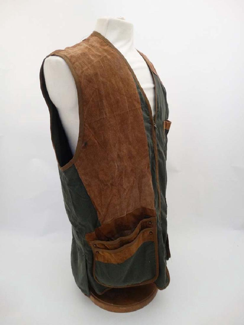 A Napier of London Skeet Vest , size XL. - 3