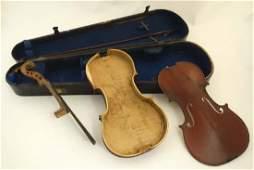 Musical Instruments : A Victorian Violin Case ,