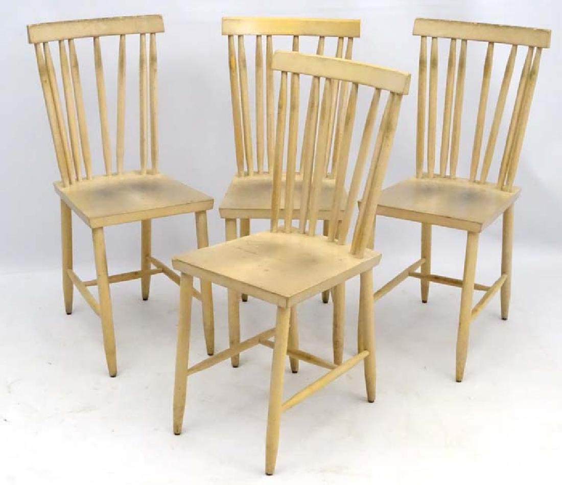 Vintage Retro : a set of  4 modern design chairs by