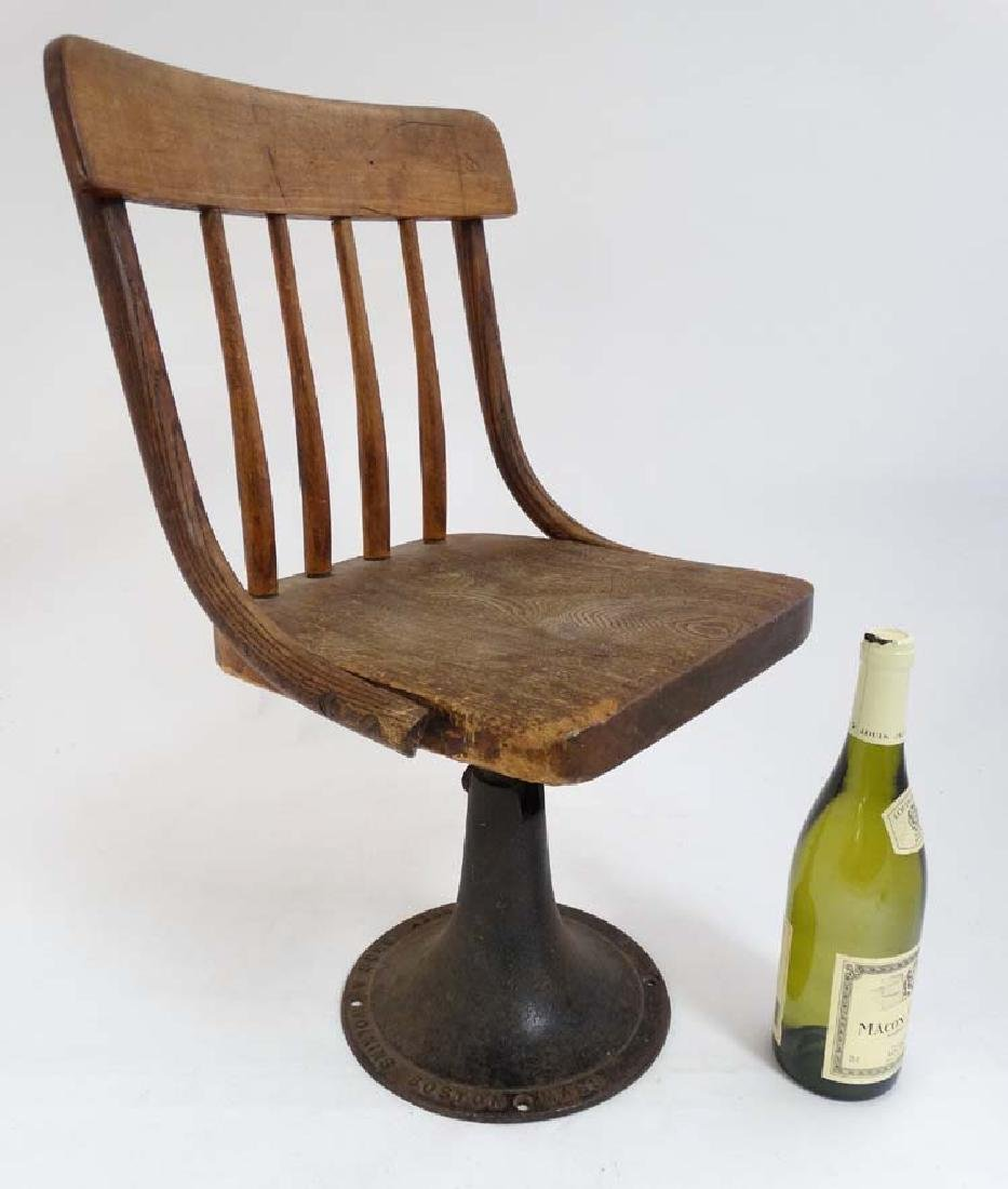 An American early 20thC children's lathe back Chair