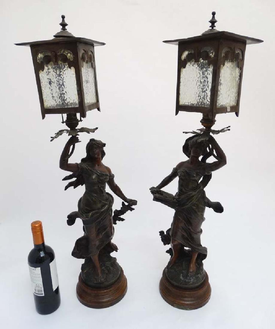 Table lights : A pair of Arts and Crafts patinated