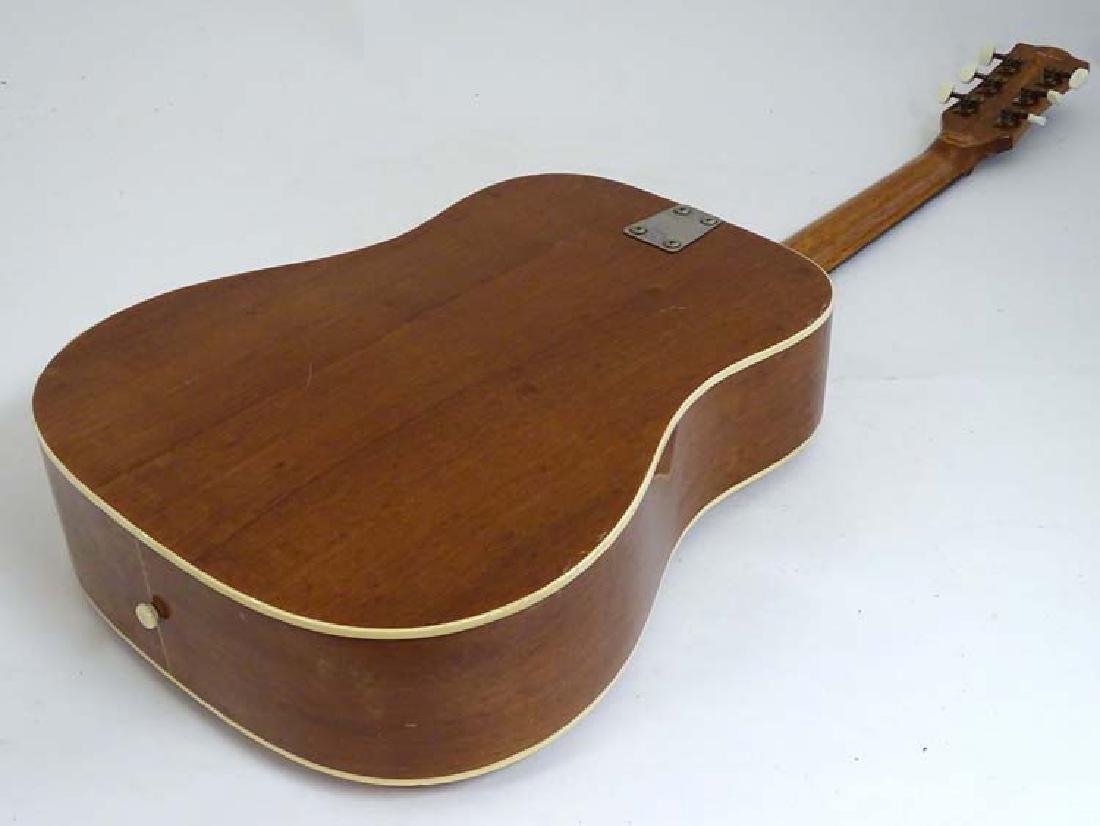 Musical Instruments : A vintage ' Ranger 6 ' Acoustic - 3