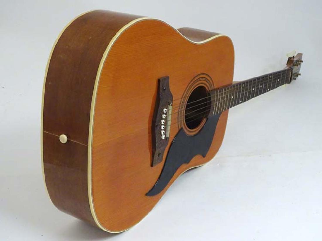 Musical Instruments : A vintage ' Ranger 6 ' Acoustic - 5