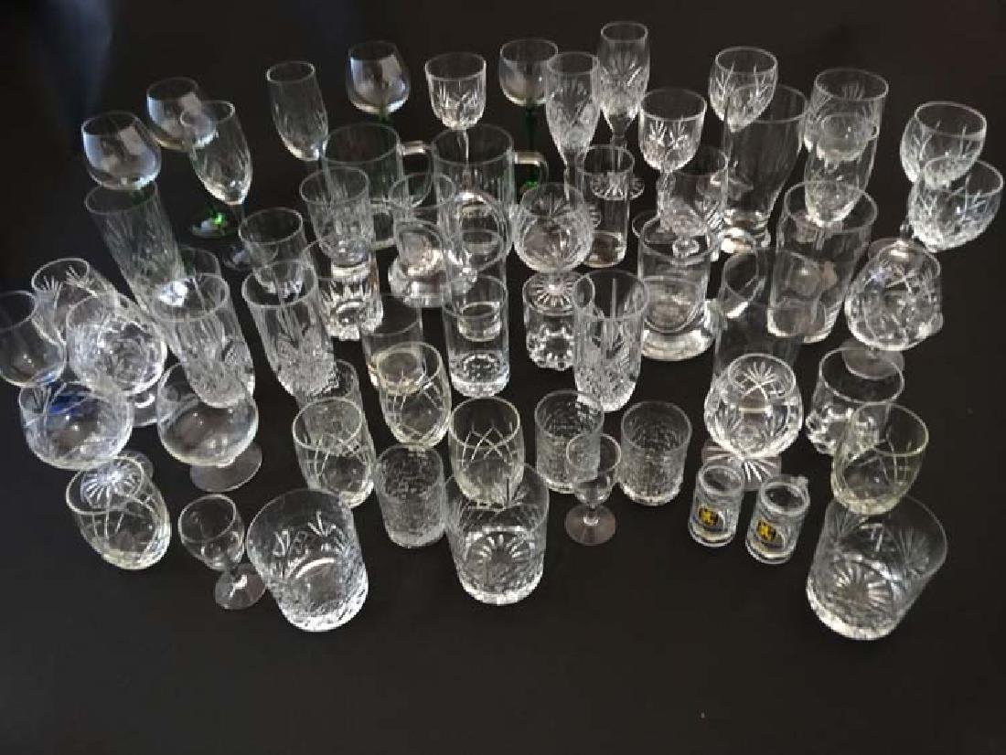 Assorted Glasses  :  a large quantity of assorted