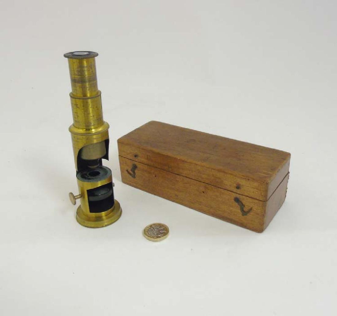 Field Microscope : an circa 1920 lacquered brass