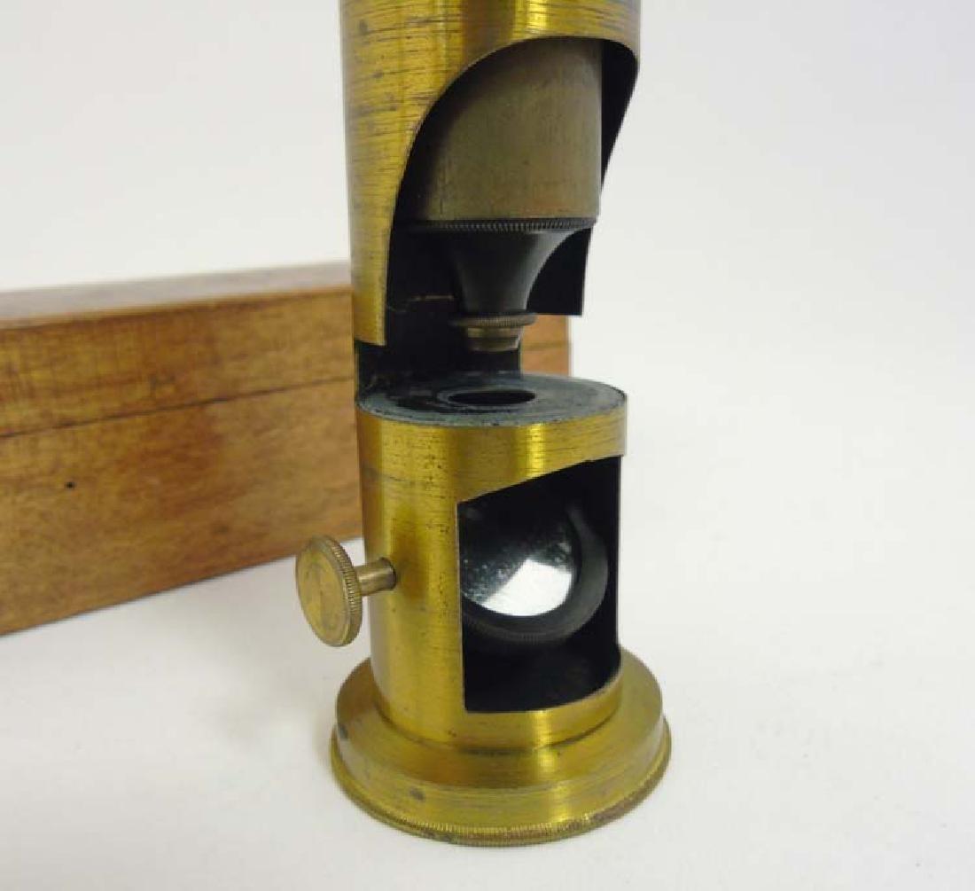 Field Microscope : an circa 1920 lacquered brass - 4