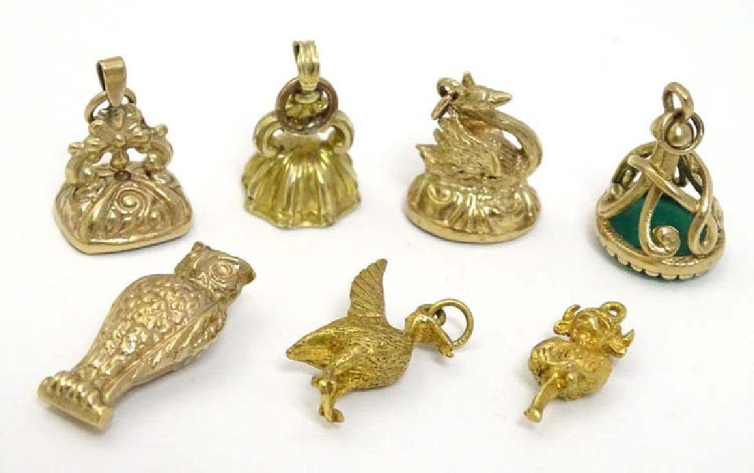 Assorted 9ct gold and gilt metal fobs/ charms to
