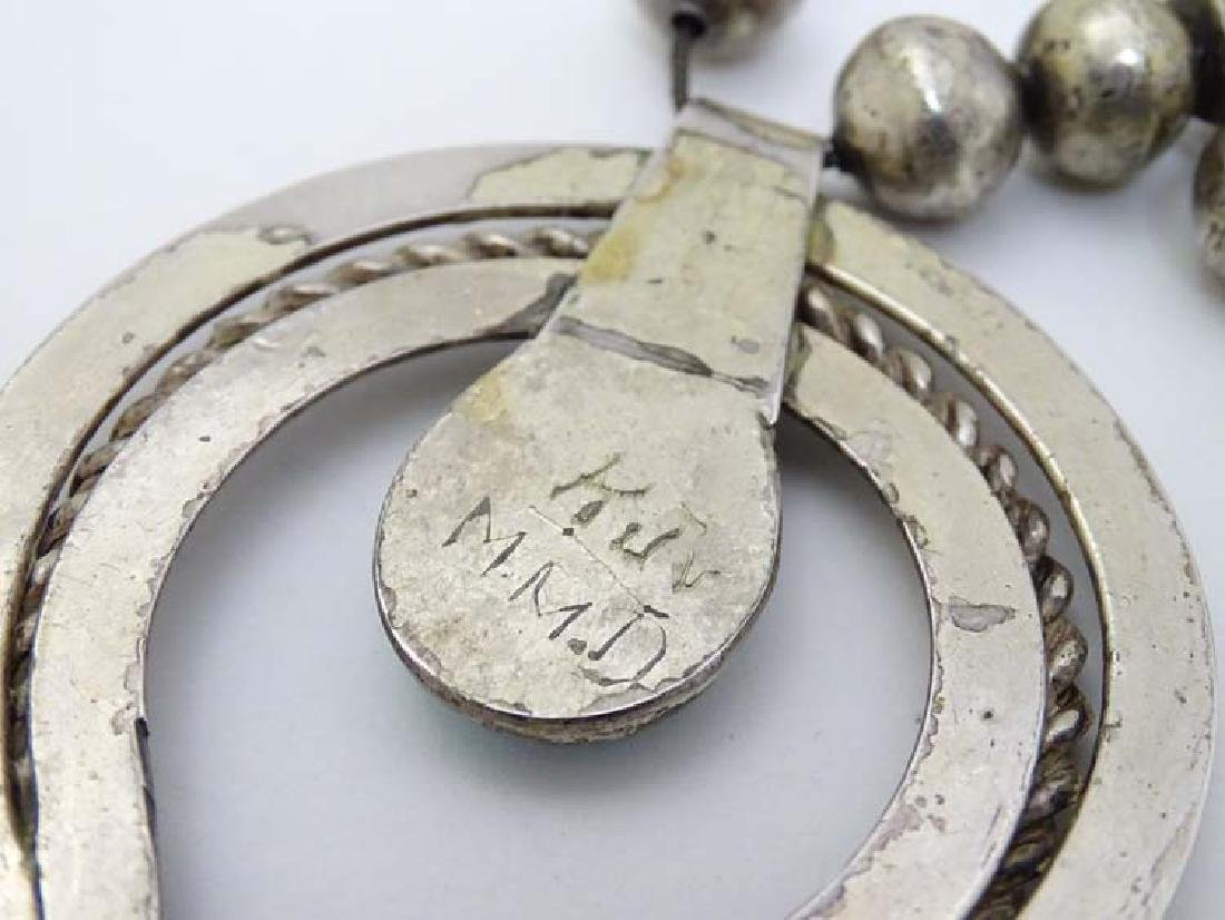 Native American jewellery: A mid 20thC white metal and - 6