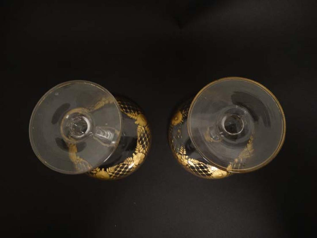 Glass : a pair of Art Deco champagne saucers with gilt - 4
