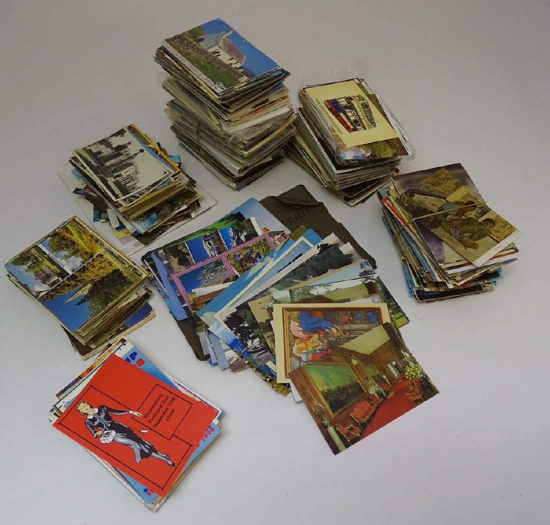 Postcards: An extensive collection of predominantly - 4