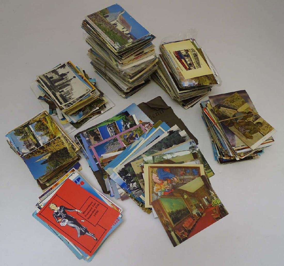 Postcards: An extensive collection of predominantly - 5