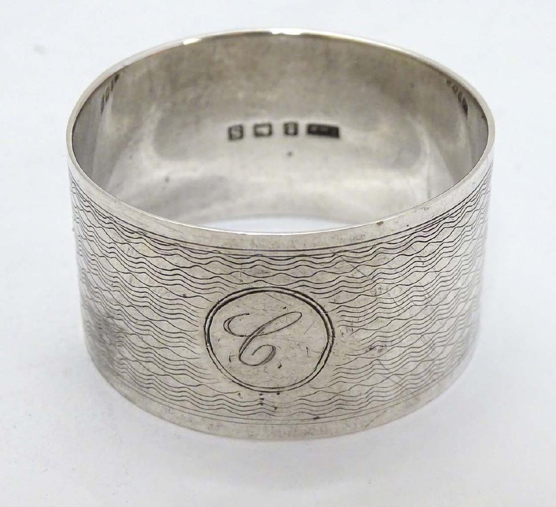 A silver napkin ring with engine turned decoration - 4