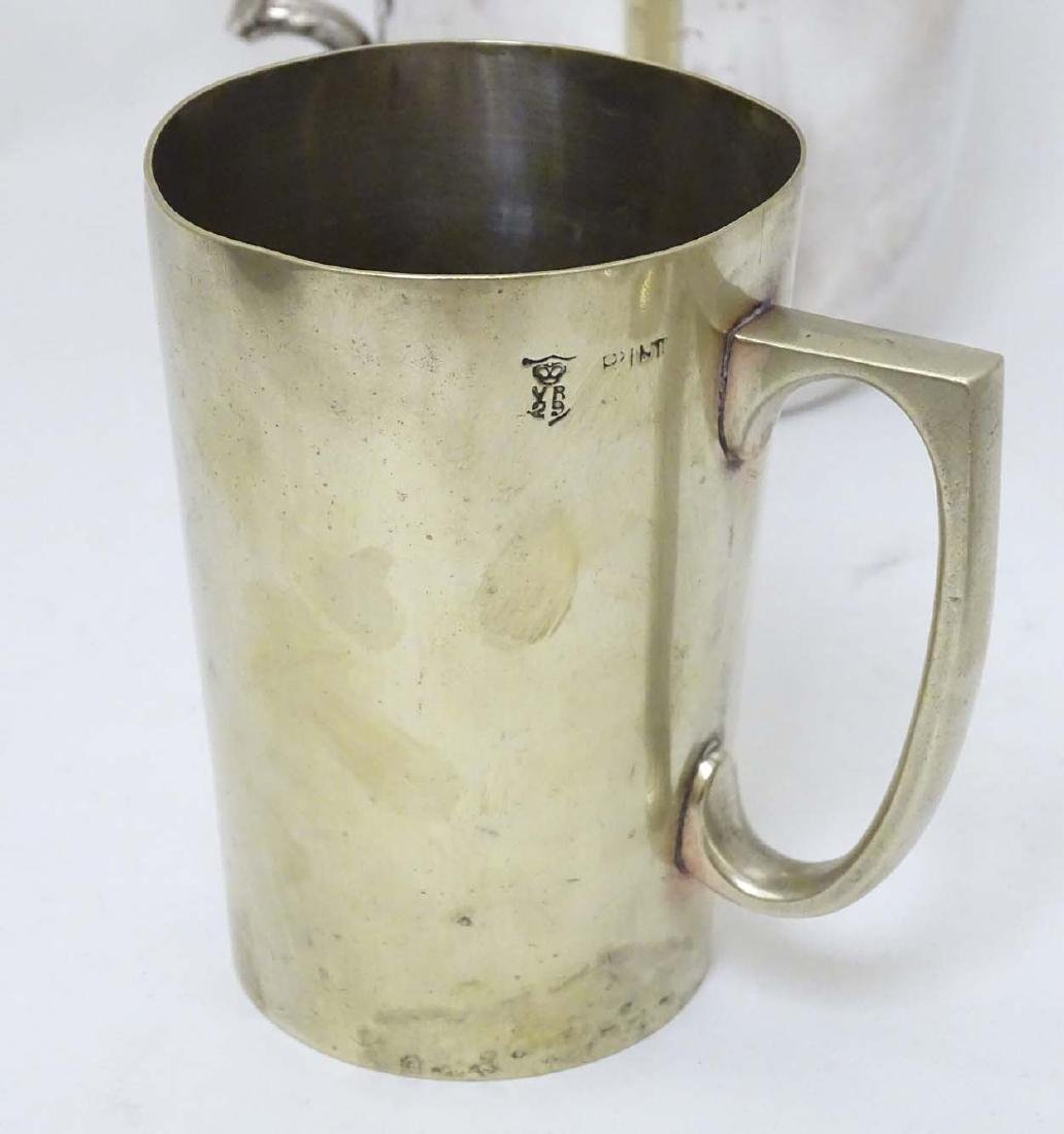Assorted silver plated wares to include tankard, ice - 5