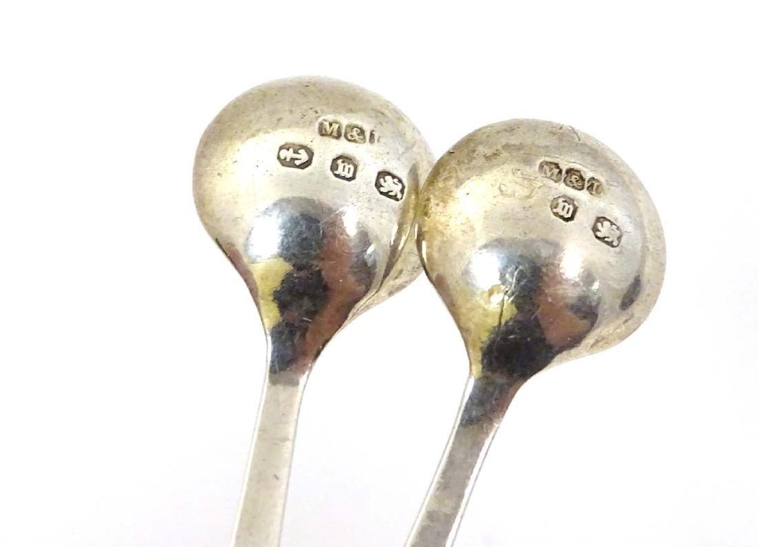 A pair of silver Albany pattern salt spoons hallmarked - 2