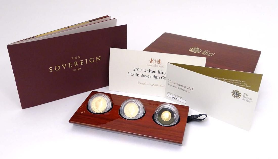 Collectable Coins : A boxed Royal Mint gold proof set