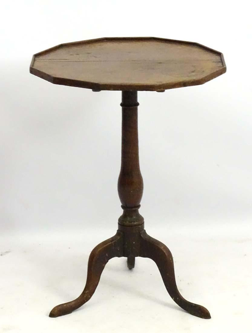 An early 19thC oak occasional table with a twelve sided - 3