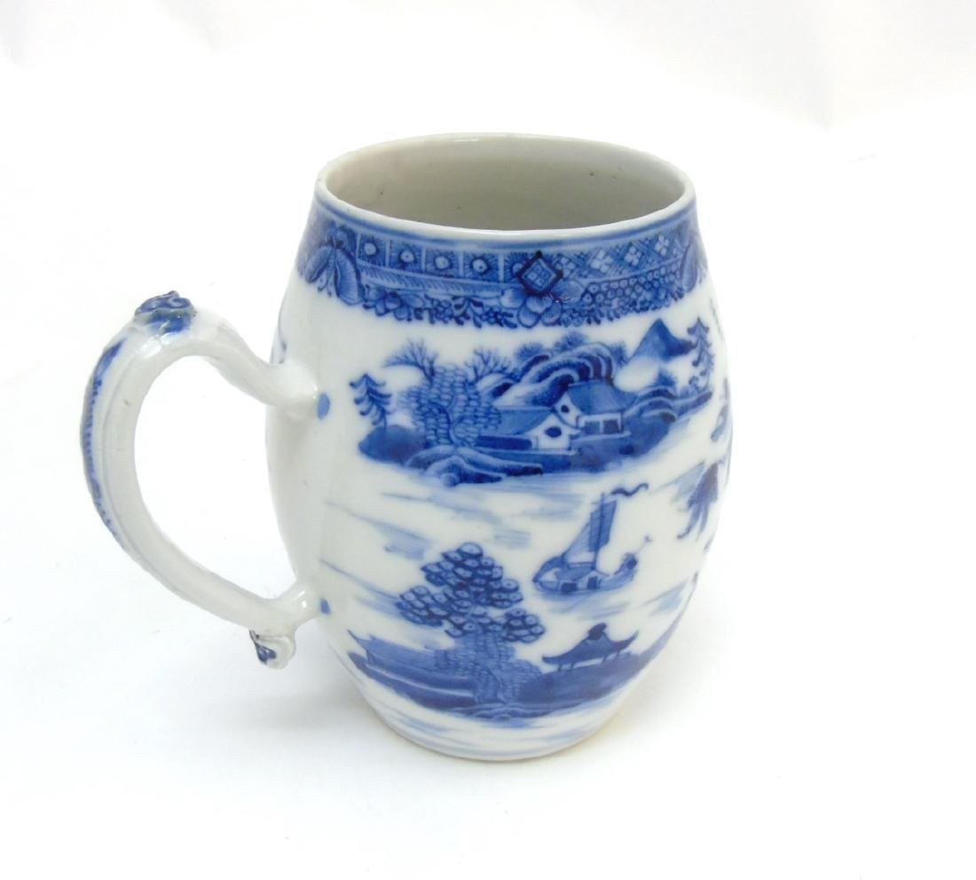 An 18thC Chinese blue and white export tankard, - 4