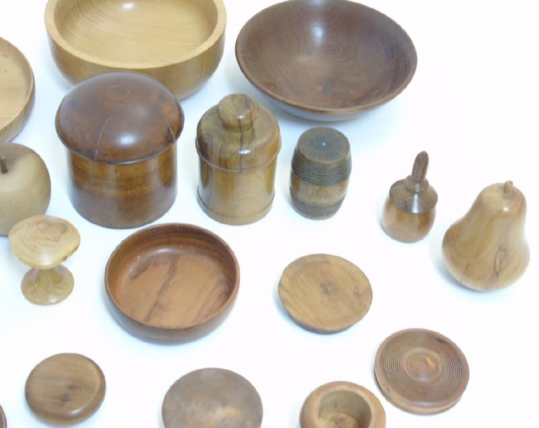 Treen etc: Assorted 19thC and later turned wood to - 3