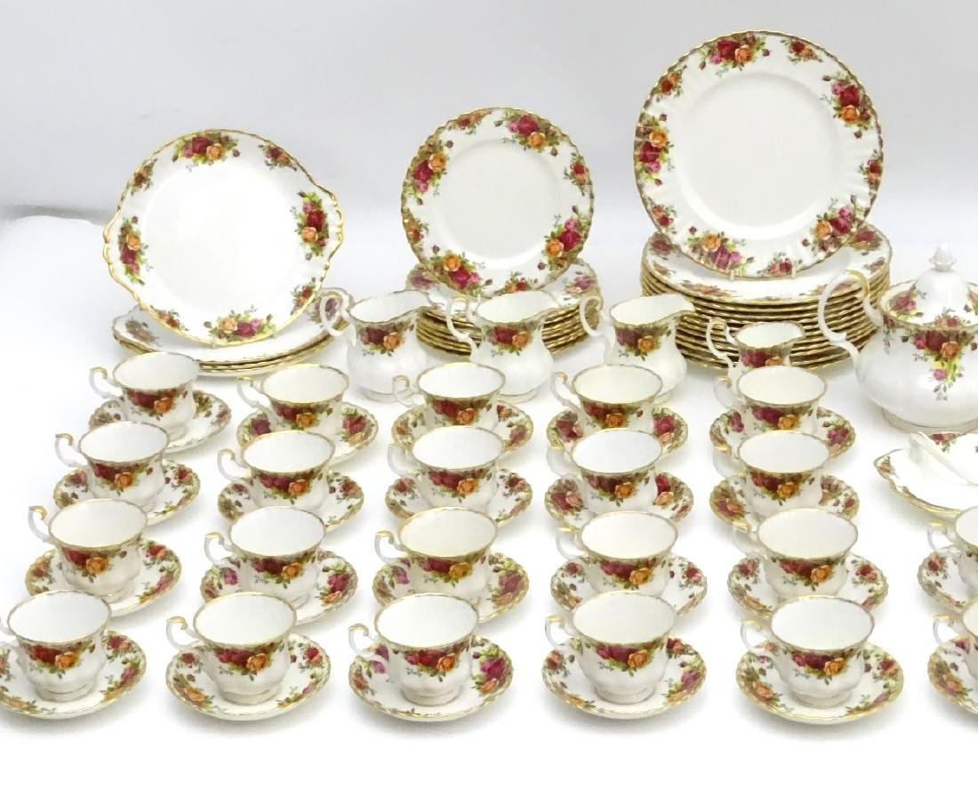 A large quantity of Royal Albert dinner wares in 'Old - 10