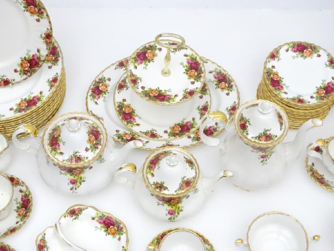 A large quantity of Royal Albert dinner wares in 'Old - 2