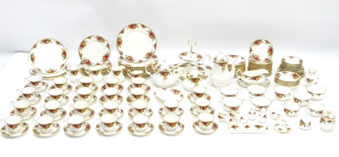 A large quantity of Royal Albert dinner wares in 'Old - 3