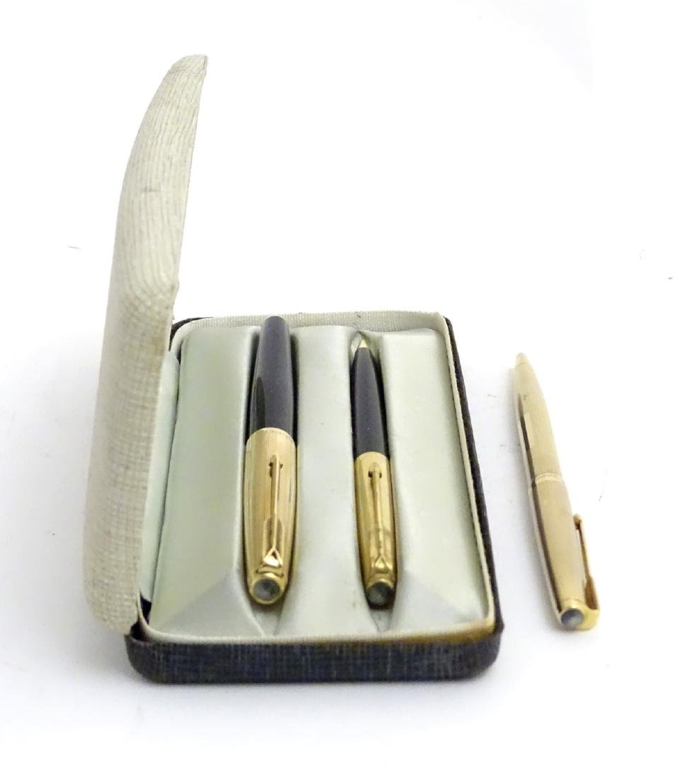 A cased set of mid-20thC writing instruments by Parker, - 4