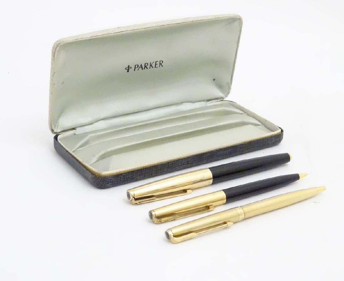 A cased set of mid-20thC writing instruments by Parker, - 6