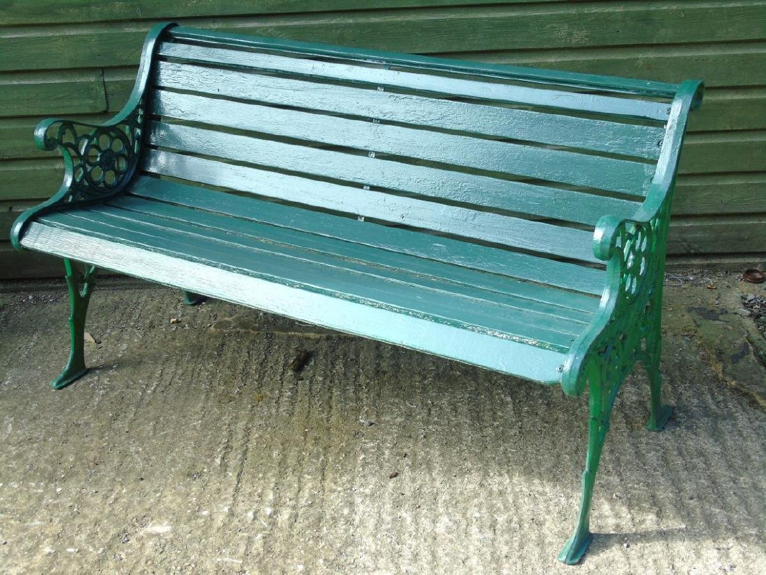 Garden bench : A 2 1/2 seat green painted bench with - 6
