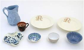 A quantity of ceramic items to include a blue and white