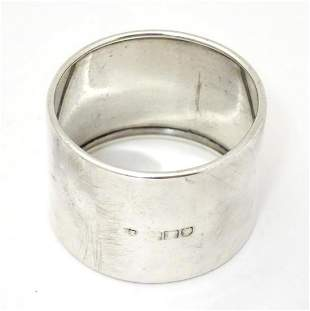 An early 20thC silver napkin ring hallmarked London