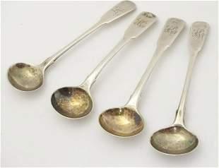 A pair of Geo III silver salt spoons hallmarked London