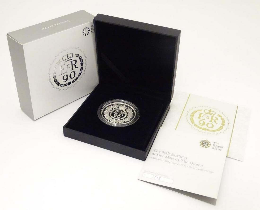 Coin: A Royal Mint 2016 limited edition sterling silver