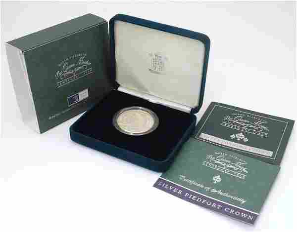 Coin: A Royal Mint 2000, sterling silver five pound