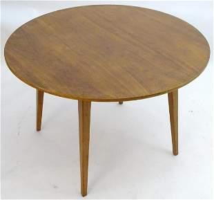 Vintage retro, Mid-century: A circular teak dining