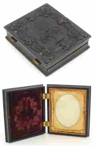 A Victorian daguerreotype / ambrotype hinged photograph