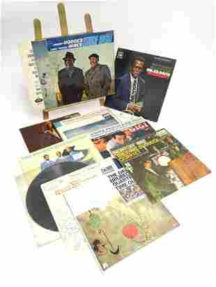A collection of 20thC 33 rpm Vinyl records / LPs -