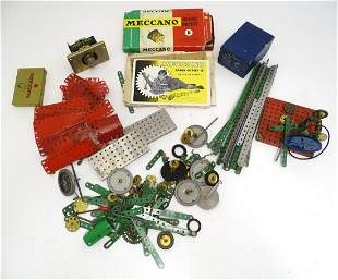 Toys: A quantity of Meccano, to include gears outfits,