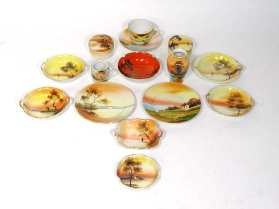 356: Noritake porcelain table wares comprising 14 items