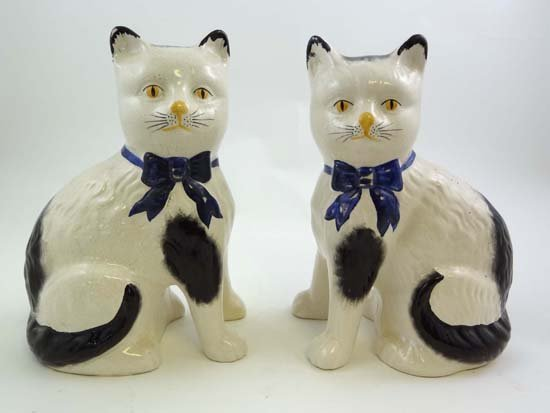 362: A pair of early to mid 20thC Staffordshire style c