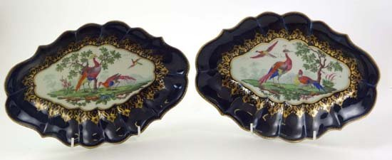 373: A pair of 1st period blue-scale Worcester porcelai