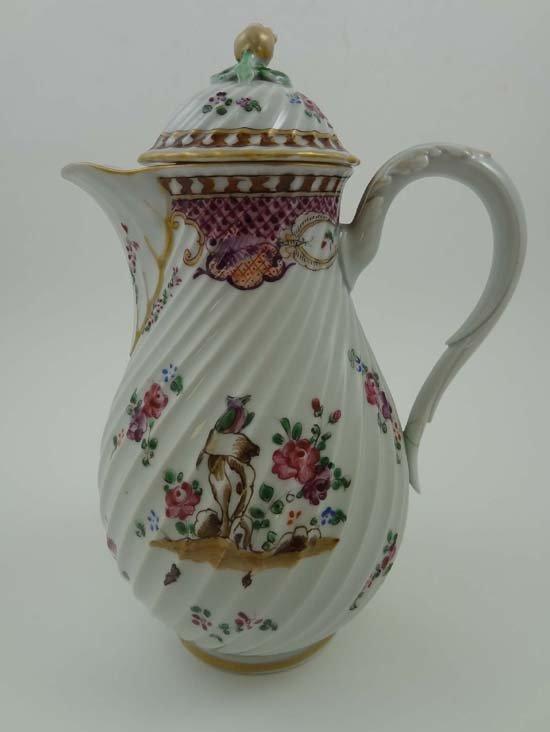 352: An early 19thC porcelain chocolate pot having swir